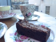 tea-and-brownie